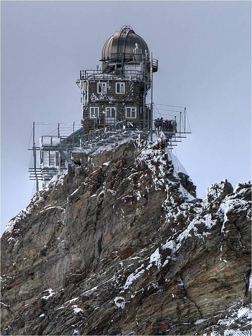 Observatorio de la Esfinge, Suiza