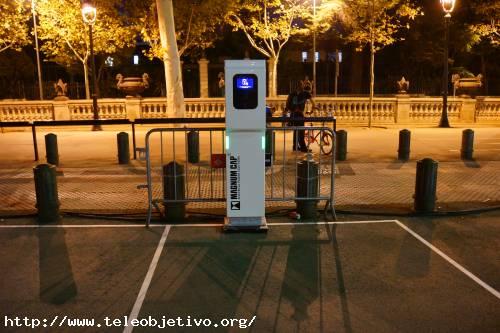 Poste de recarga para coches eléctricos